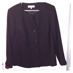 Jones New York Black Blazer size 18W.